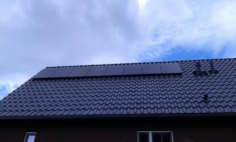 5 KW DOMESTIC PV SYSTEM IN ARNHEM  250W 8.33 SOLAR ETERNITY.